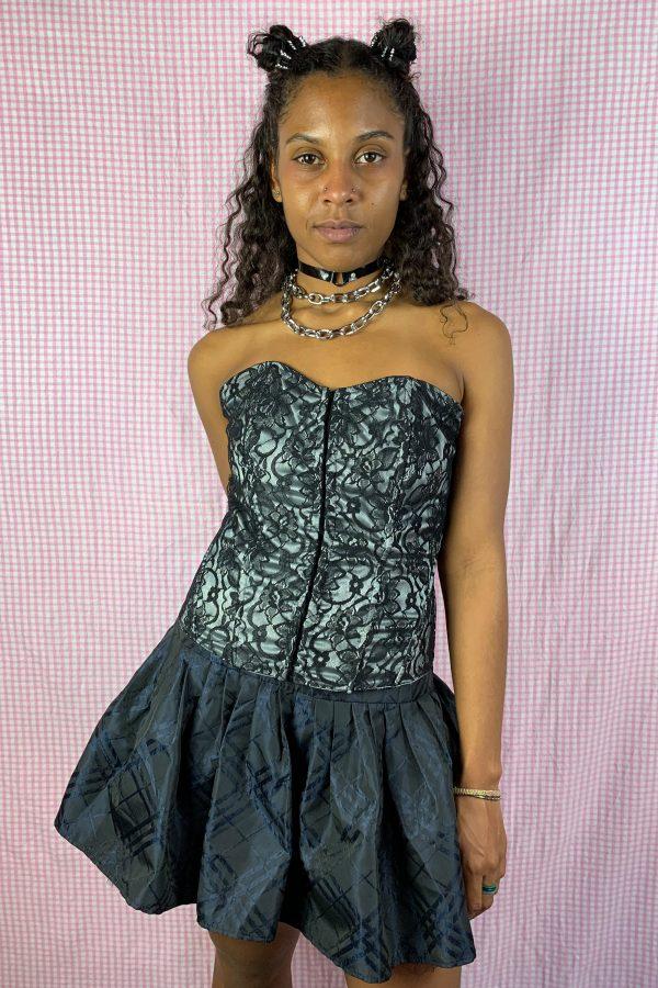 Bustiers & Crops Vintage 90's Black Lace Corset Bustier – S/M 90s bustier